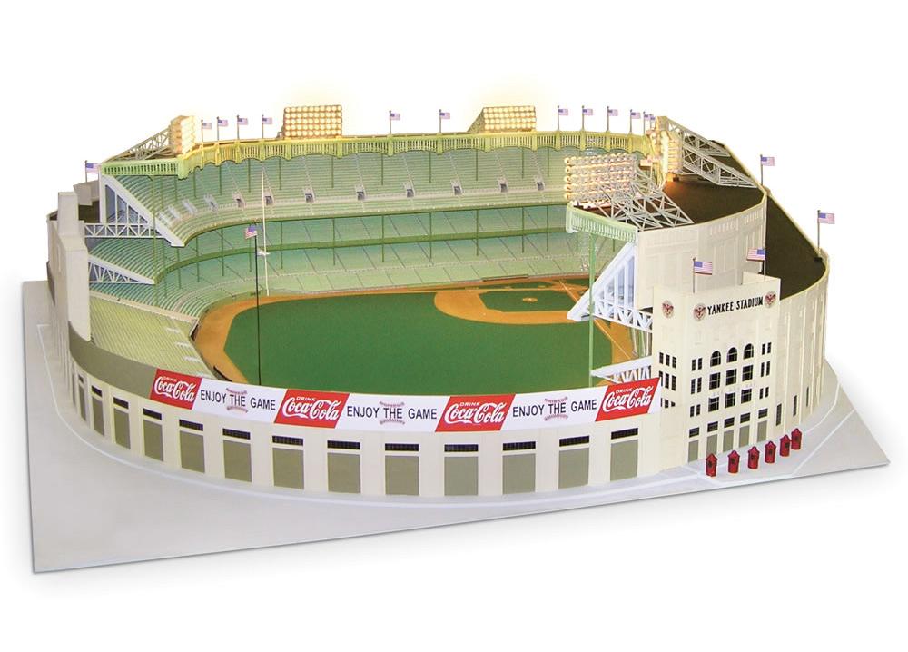 1 8 Scale 1961 Yankee Stadium Hammacher Schlemmer