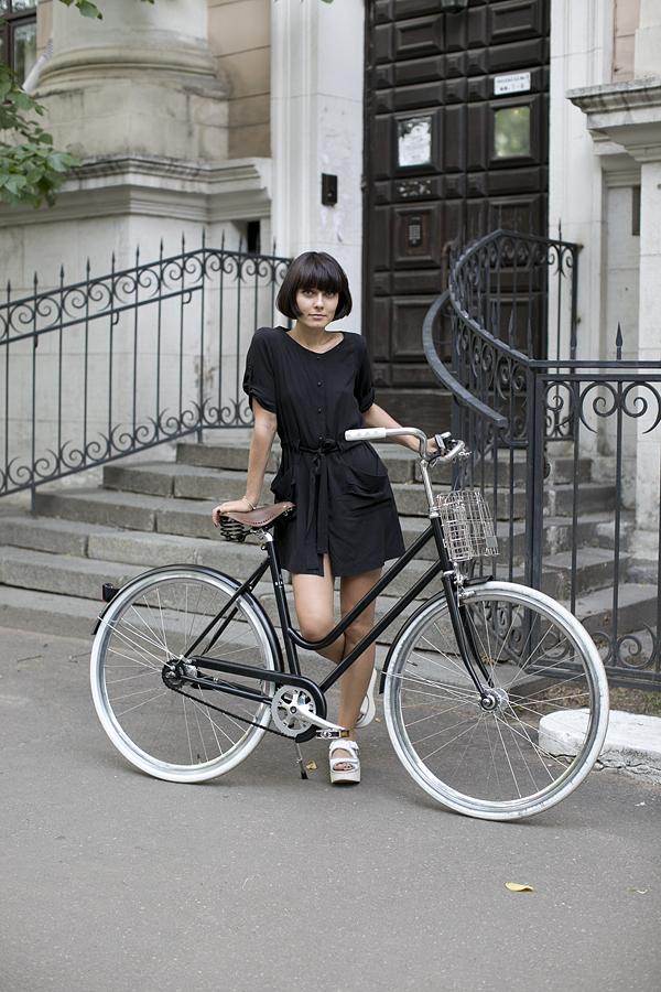 moscows bicycle riding fashionistas alena chendler